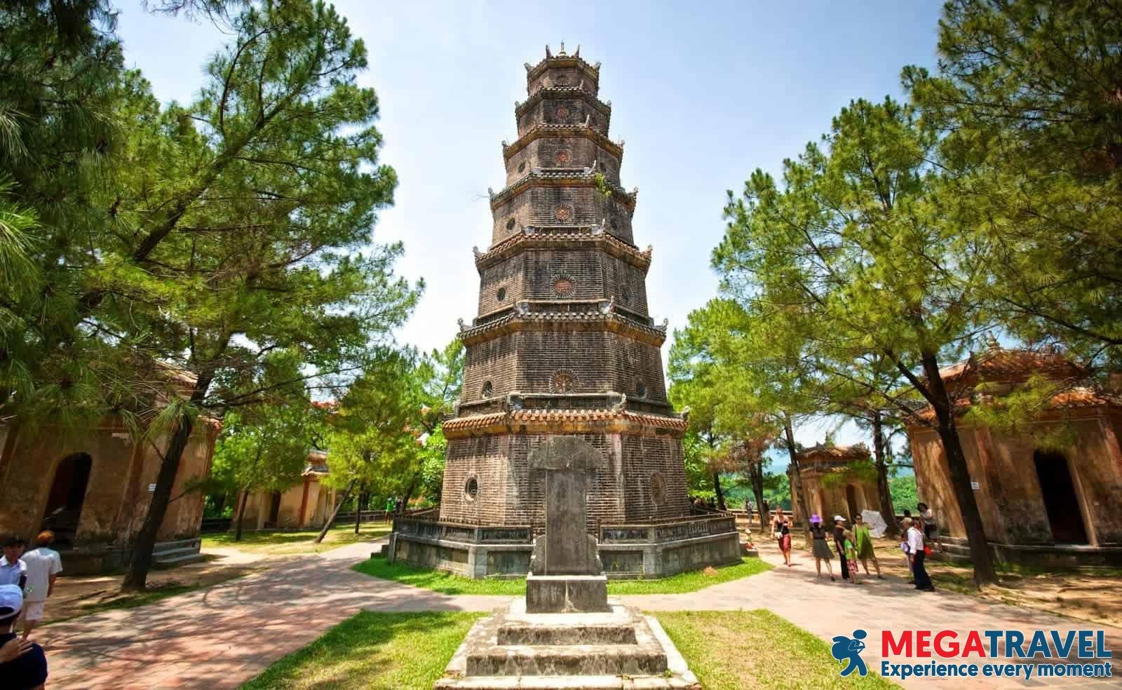 best Vietnam tours 13