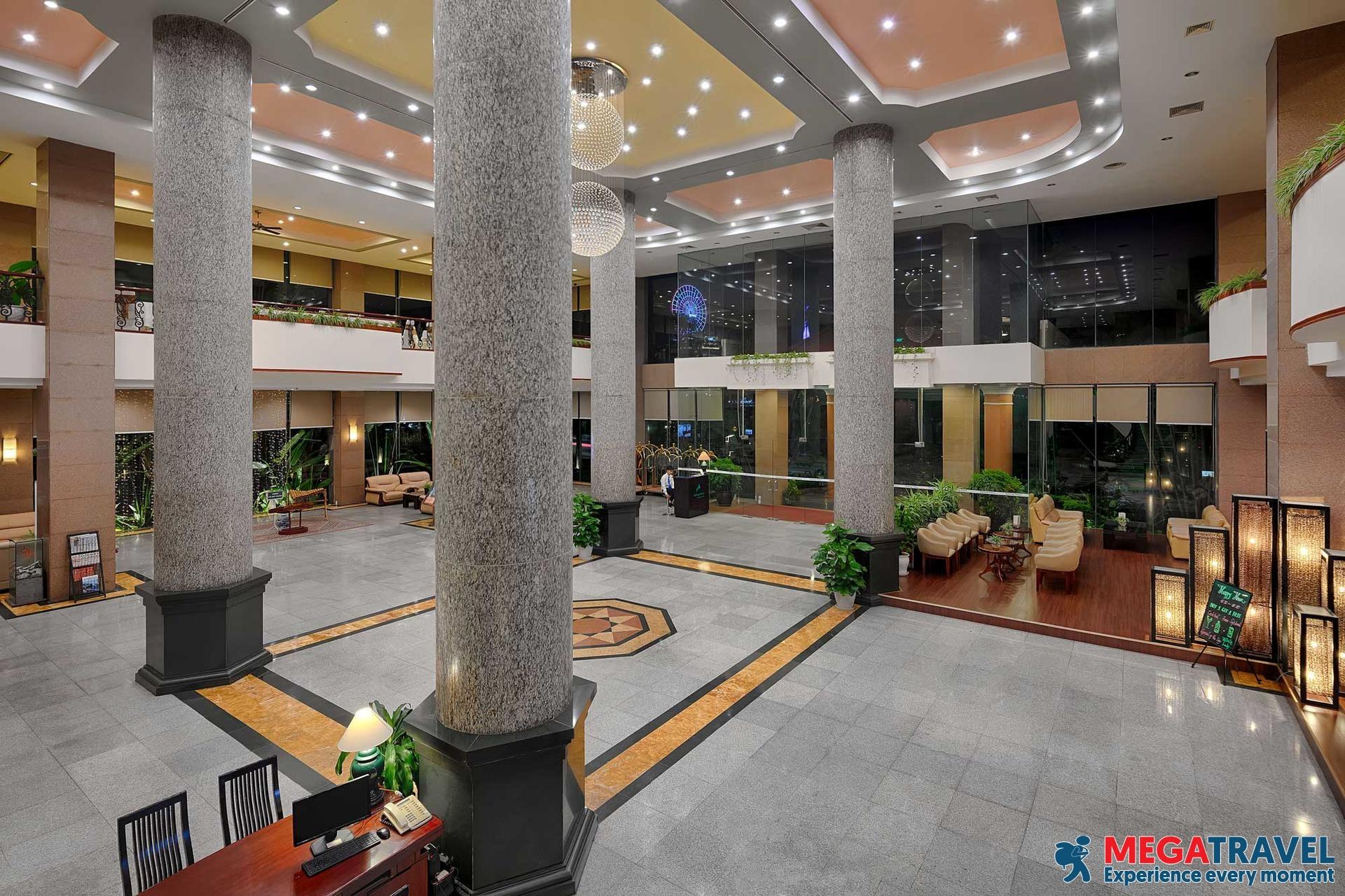 best hotels in HaLong Bay 16