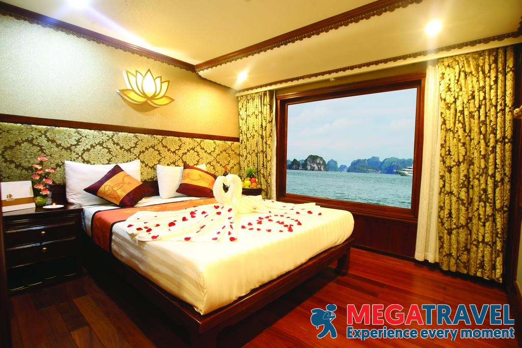 best Halong Bay cruises for backpackers 17