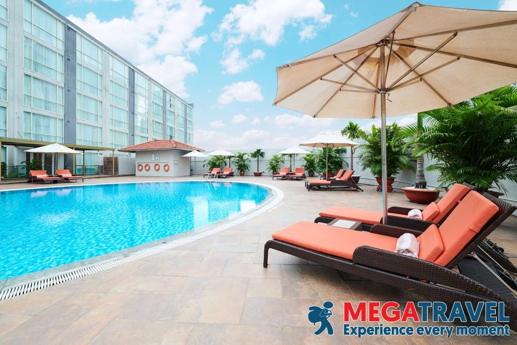 best hotels near ho chi minh airport 4