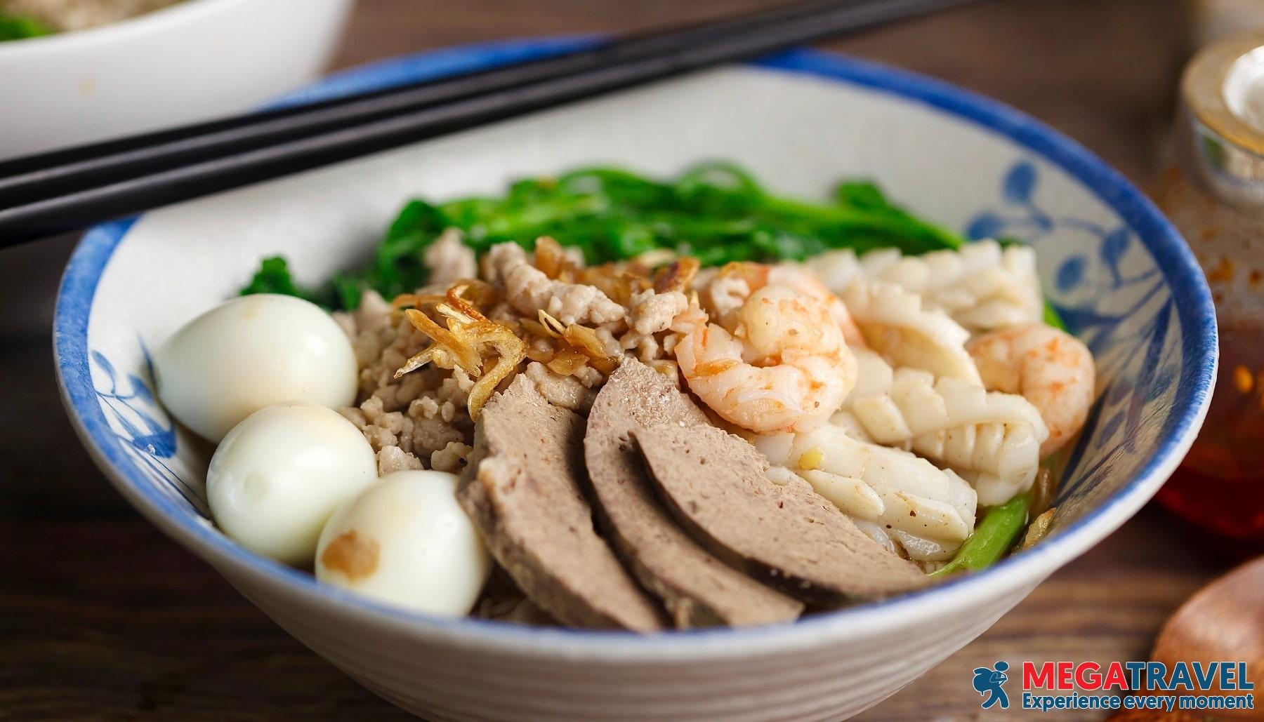 best Ho Chi Minh street foods 16