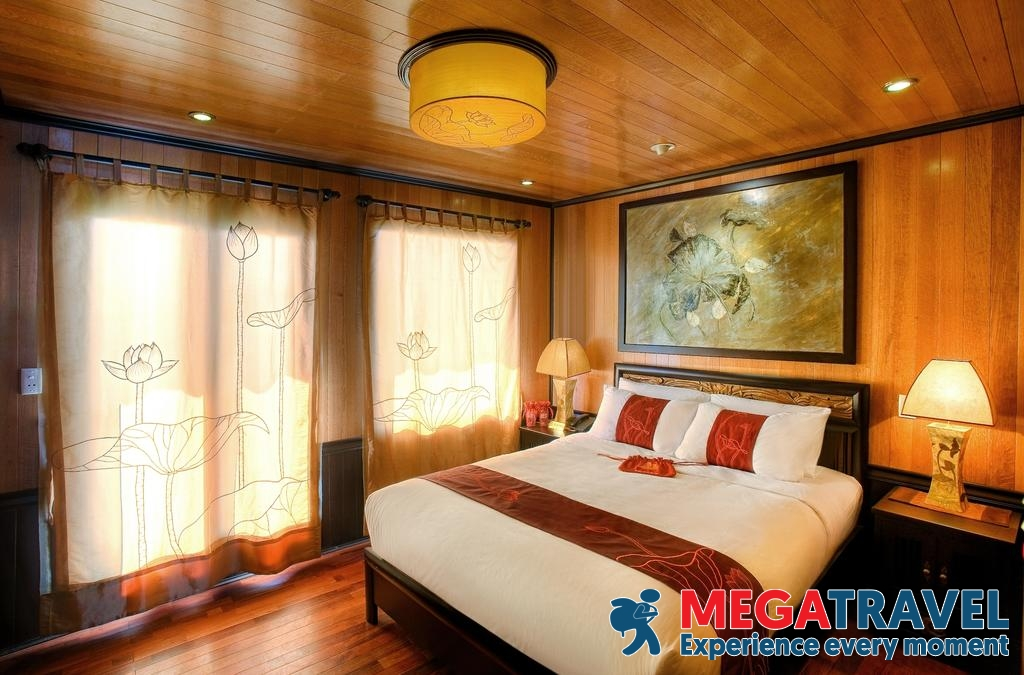 best Halong Bay cruises for backpackers 15