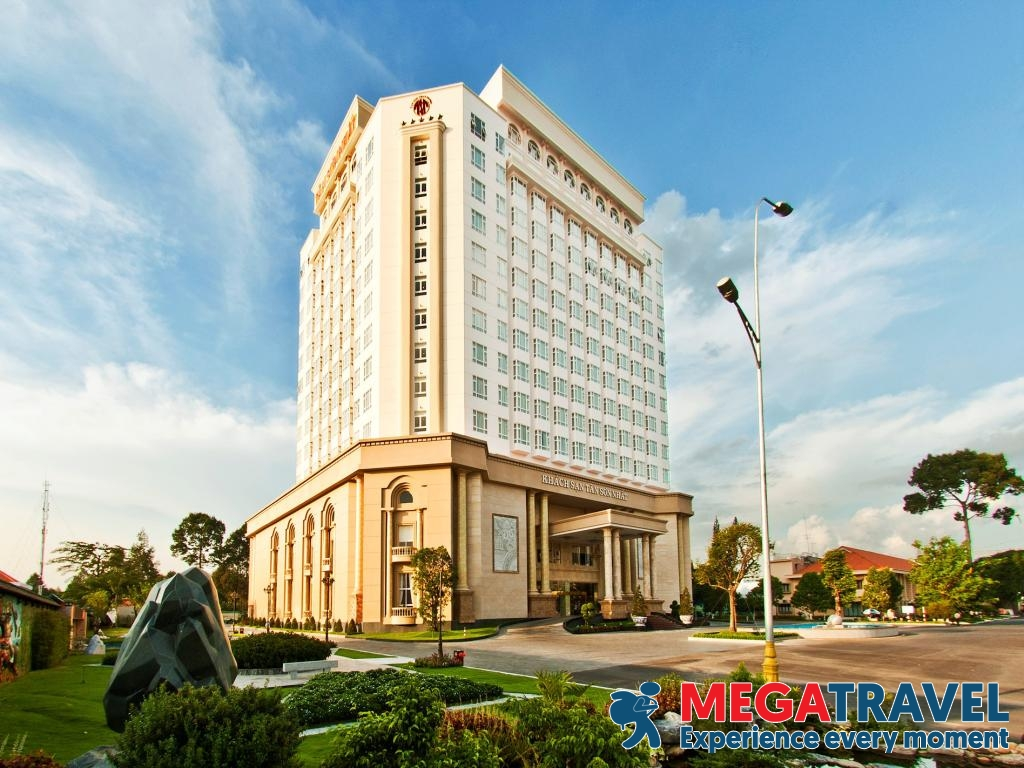 best hotels near ho chi minh airport 1