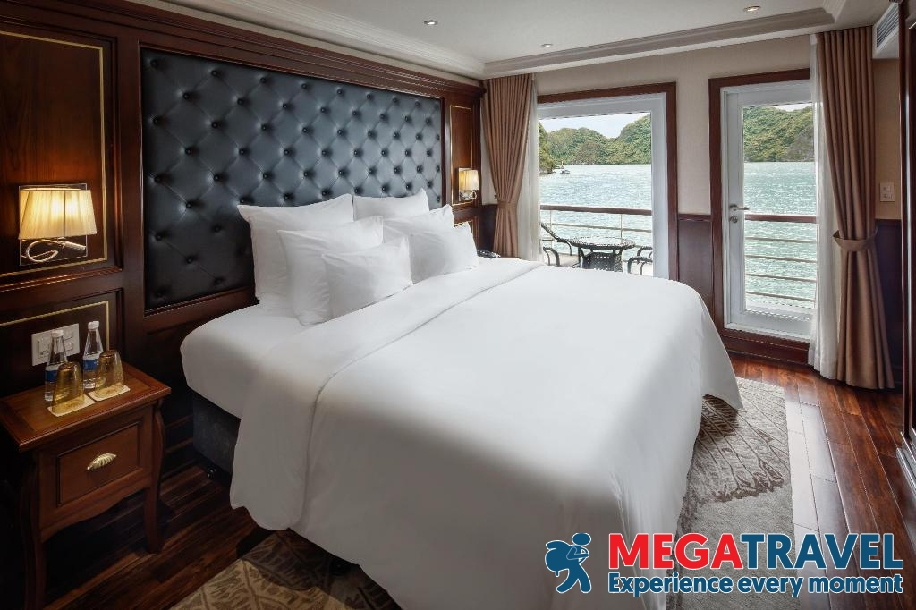 best Halong Bay cruises for backpackers 7
