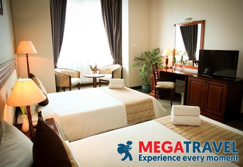 best hotels in HaLong Bay 21