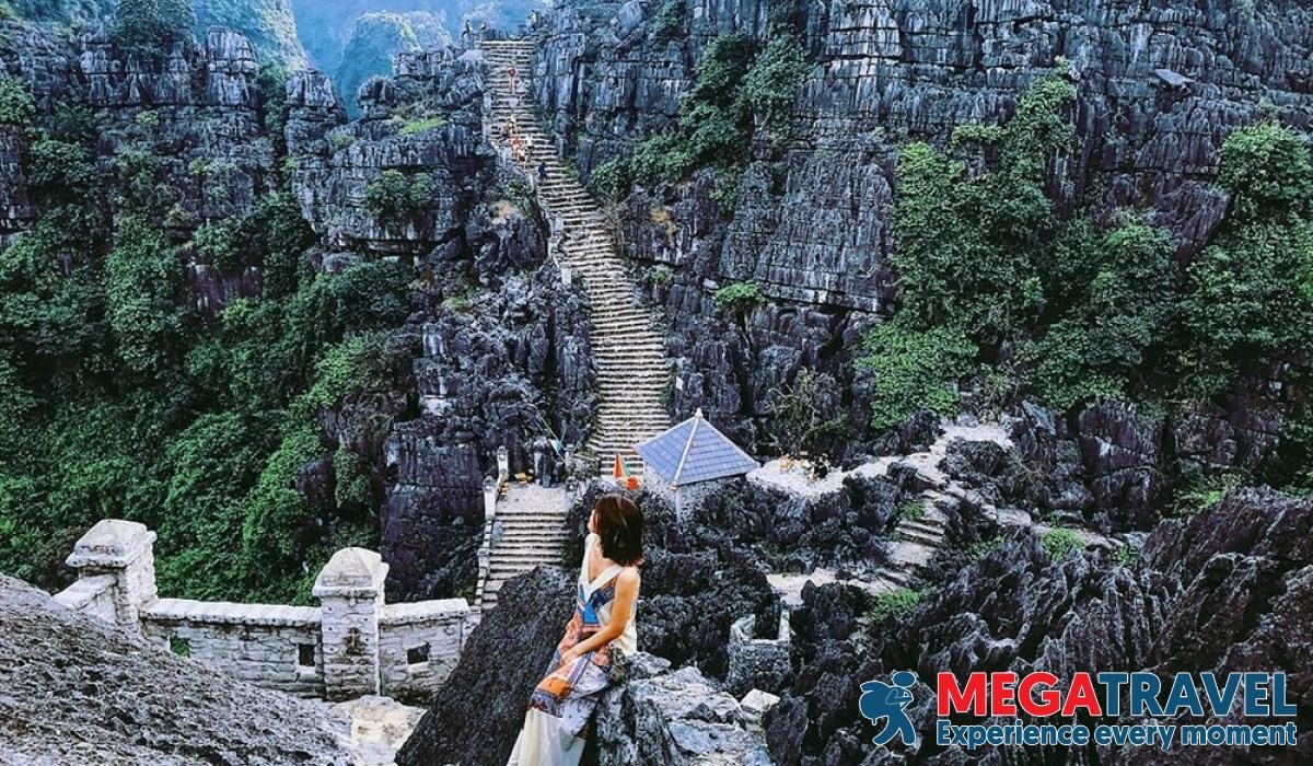 best Vietnam tours 10