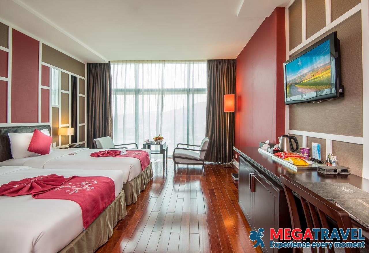 best hotels in HaLong Bay 7