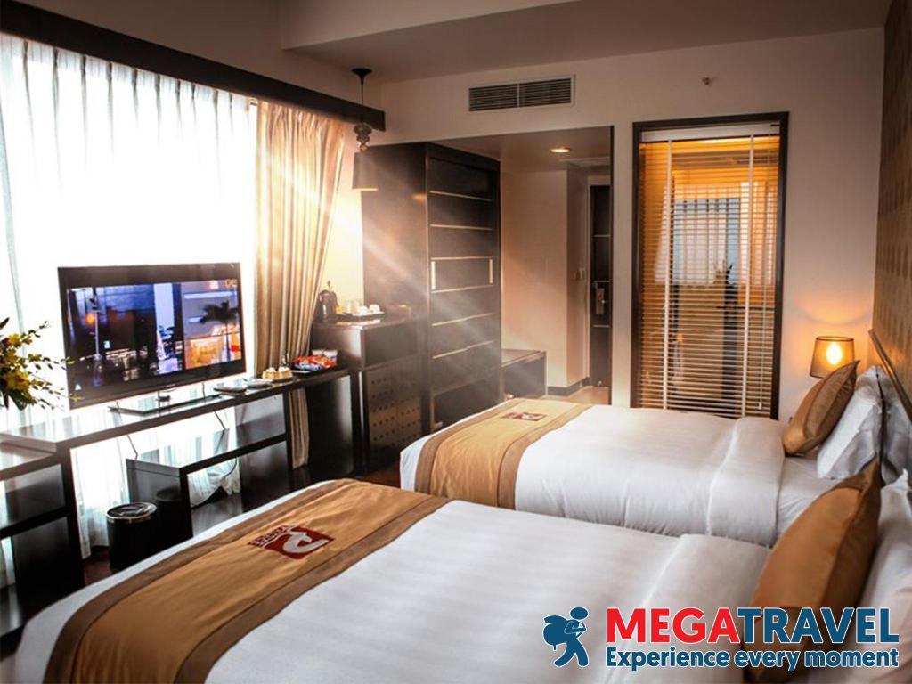 best hotels in HaLong Bay 19