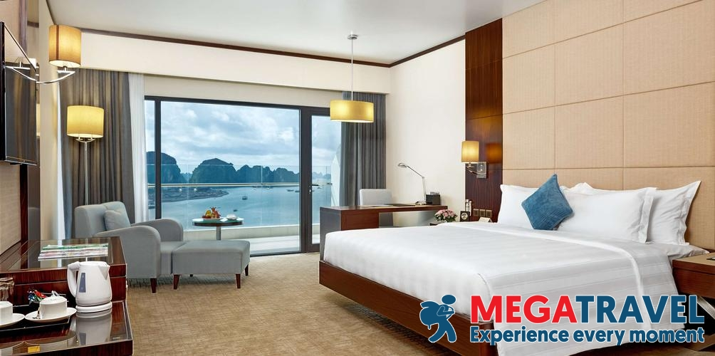 best hotels in HaLong Bay 11