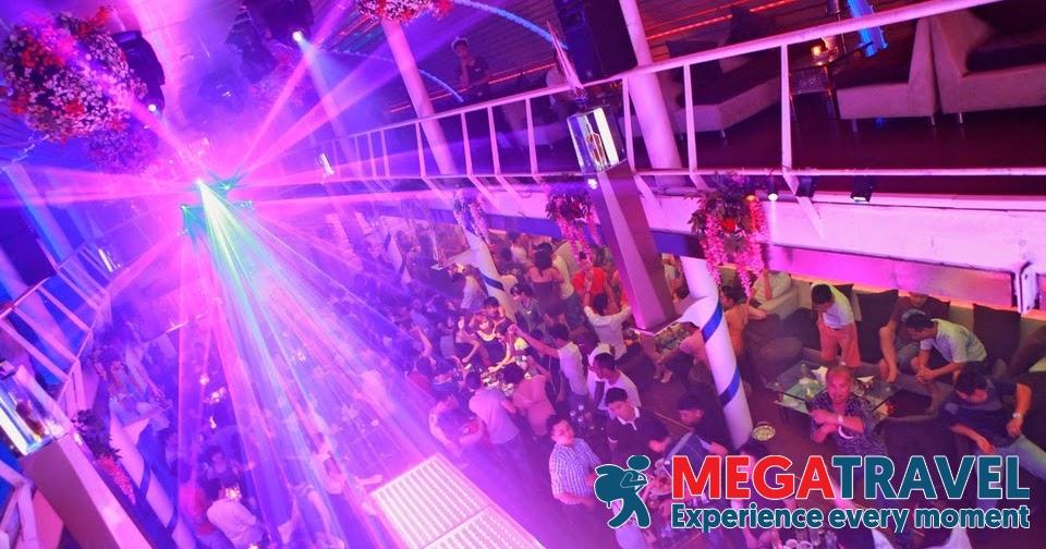 best bars in Hanoi 14