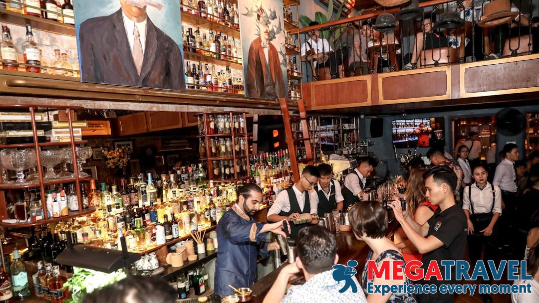 best bars in Hanoi 17
