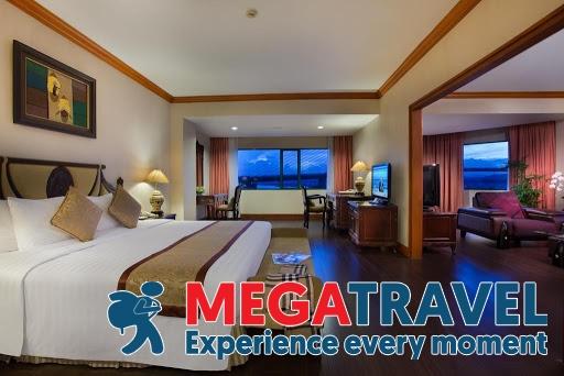 best hotels in HaLong Bay 17