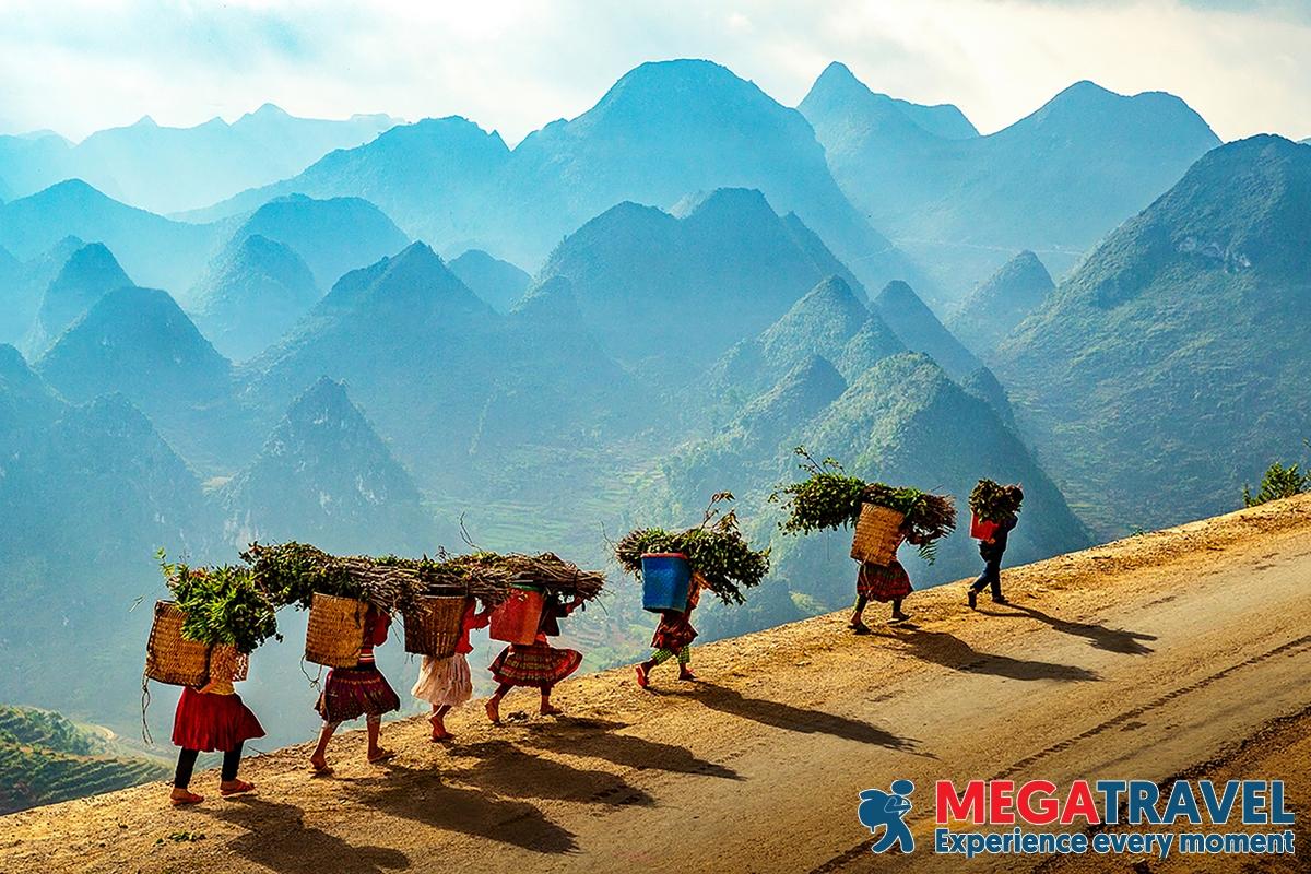 Ma Pi Leng Pass Trekking